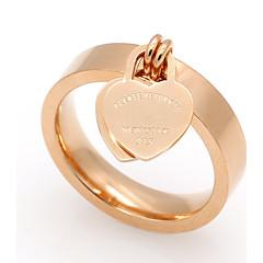 Férfi Női Karikagyűrűk Szív Titanium Acél Heart Shape Ékszerek Kompatibilitás Esküvő Parti Különleges alkalom Napi Hétköznapi