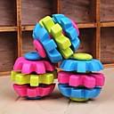 hesapli Kolyeler-hayvan köpekler için üç renkli top şekilli kauçuk çiğnemek oyuncaklar (rastgele renk)