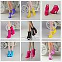 hesapli Diğer LED Işıkları-Prenses Lolita / sevimli Stil Ayakkabılar 9 pcs İçin Barbie Bebek Siyah PVC Ayakkabılar İçin Kız Oyuncak bebek