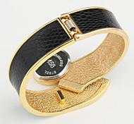 Damen Modeuhr Armbanduhr Kleideruhr Armband-Uhr Quartz Legierung Band Armreif Elegant Schwarz Weiß Blau Rot Braun Rosa Lila