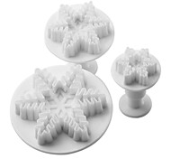 Snowflake Pattern Cake and Cookies Cutter Mold with Plunger (3 Pieces)