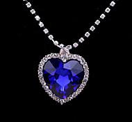 Ожерелье Ожерелья с подвесками Бижутерия Свадьба Для вечеринок Повседневные В форме сердца Сердце Хрусталь Сплав Стразы Женский 1шт