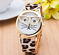 cheap -Women's Quartz Wrist Watch / Casual Watch PU Band Casual Leopard Cat Fashion Black White Brown