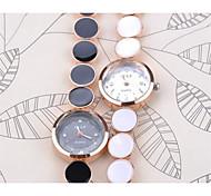 New Fashion Women Watch Quartz Girl Wristwatch Christmas Gift Hour Casual Watches Relogio Feminino Clock Cool Watches Unique Watches