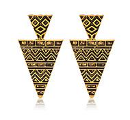 Недорогие -Позолота Сплав Мода Геометрической формы Золотой Бижутерия Свадьба Для вечеринок Повседневные Спорт 1 пара