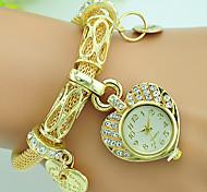 cheap -Women's Quartz Bracelet Watch Rhinestone Alloy Band Heart shape Fashion Silver Gold