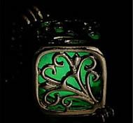 Недорогие -Жен. Светящийся Ожерелья с подвесками  -  На заказ Светящийся Флуоресцент Квадратный Оранжевый Светло-синий Светло-Зеленый Ожерелье