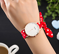 cheap -Women's Quartz Wrist Watch Hot Sale Fabric Band Charm Luxury Creative Casual Unique Creative Watch Elegant Fashion Cool Black White Red