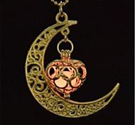 Недорогие -Жен. Светящийся камень Ожерелья с подвесками  -  Сердце Мода, Светящийся Оранжевый, Светло-синий, Светло-Зеленый Ожерелье Назначение Halloween, Для клуба