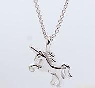 Недорогие -Жен. Лошадь Милая Elegant Ожерелья с подвесками Стерлинговое серебро Ожерелья с подвесками , Повседневные