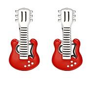 Недорогие -Гитара Красный Запонки Медь Классический Мода Повседневные Официальные Муж. Бижутерия