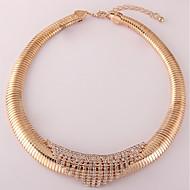 povoljno -Žene Circle Shape Moda Choker oglice Sintetički dijamant Pozlaćeni Choker oglice , Dnevno