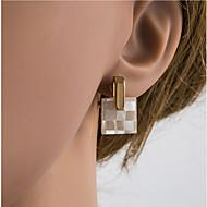 Χαμηλού Κόστους -Γυναικεία Πολύχρωμο Γεωμετρική Κουμπωτά Σκουλαρίκια Σκουλαρίκια με Κλιπ Όστρακο Ασημί Σκουλαρίκια Ευρωπαϊκό Κοσμήματα Χρυσό / Ανοικτό Χρυσό Για Καθημερινά 1 Pair