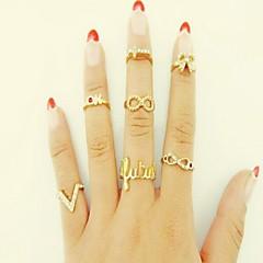 Γυναικεία Δαχτυλίδι για τη μέση των δαχτύλων Love κοστούμι κοστουμιών Εξατομικευόμενο Στρας Προσομειωμένο διαμάντι Κράμα Circle Shape