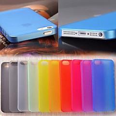 Недорогие Кейсы для iPhone 5-Для Кейс для iPhone 5 Ультратонкий / Матовое / Полупрозрачный Кейс для Задняя крышка Кейс для Один цвет Твердый PC iPhone SE/5s/5