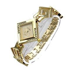preiswerte Tolle Angebote auf Uhren-Damen Armbanduhr Simulierter Diamant Uhr Quartz 30 m Schlussverkauf Legierung Band Analog Böhmische Silber / Gold - Silber Golden