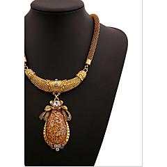olcso Nyakláncok-Női Geometric Shape Luxus Divat Európai Nyaklánc medálok Kristály Szintetikus drágakövek Kocka cirkónia Hamis gyémánt Nyaklánc medálok ,