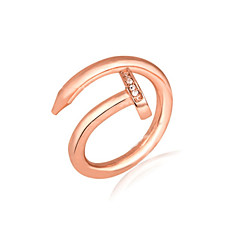 お買い得  指輪-女性用 カップルリング / バンドリング / ステートメントリング - ジルコン, キュービックジルコニア, プラチナメッキ 誕生石です. 6 / 7 / 8 シルバー / ローズ / ゴールデン 用途 結婚式 / パーティー / 日常 / ゴールドメッキ / ゴールドメッキ