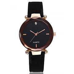 preiswerte Damenuhren-Damen Armband-Uhr Schwarz / Rot / Grün Imitation Diamant Analog Armreif Elegant - Rot Grün Rosa Ein Jahr Batterielebensdauer