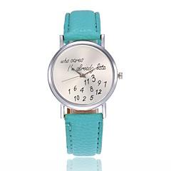 preiswerte Damenuhren-Damen Armbanduhr Chinesisch Kühle Wort / Phrase / Armbanduhren für den Alltag Leder Band Modisch Schwarz / Weiß / Rot