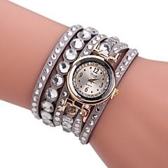 preiswerte Damenuhren-Damen Armband-Uhr Quartz Neues Design Armbanduhren für den Alltag Imitation Diamant PU Band Analog Freizeit Modisch Schwarz / Blau / Rot - Rot Blau Khaki Ein Jahr Batterielebensdauer