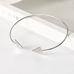 preiswerte Armbänder-Damen Klassisch Manschetten-Armbänder - Stilvoll, Einfach, Europäisch Armbänder Gold / Schwarz / Silber Für Alltag Ausgehen