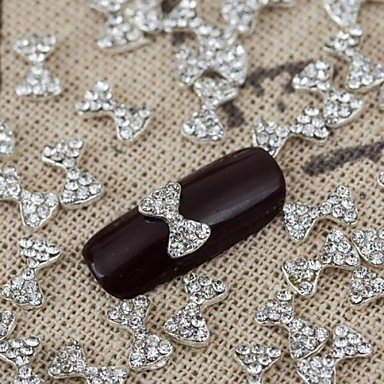 10 Nail Jewelry Diğer Süslemeler Çiçek Soyut Klasik Karikatür Sevimli Düğün Günlük Çiçek Soyut Klasik Karikatür Sevimli Düğün Yüksek