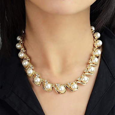 Las mujeres de moda collar de cierre de aleación langosta garra. El collar largo del diseño único será un tacto perfecto a su equipo y ropa. Este collar es perfecto para la ocasión ocasional o formal.