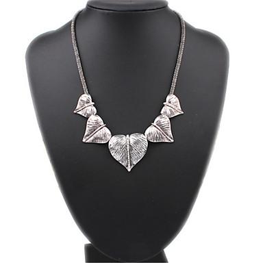Női Divat Méretes ékszerek aranyos stílus Európai Rövid nyakláncok Biserna ogrlica Nyilatkozat nyakláncok Gyöngy Ötvözet Rövid nyakláncok