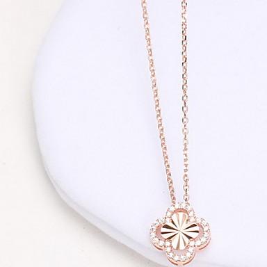 Kadın Uçlu Kolyeler Mücevher Flower Shape Dört Yapraklı Yonca Som Gümüş Simüle Elmas lüks mücevher Çiçekli Mücevher UyumlulukGünlük
