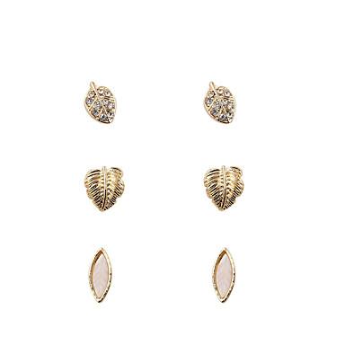 Pentru femei Cercei Stud Bijuterii Personalizat De Bază Euramerican Modă stil minimalist Aliaj neregulat Bijuterii Auriu Nuntă Petrecere