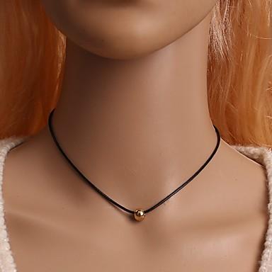 Pentru femei Șuviță unică Formă De Bază Coliere Choker Bijuterii Aliaj Coliere Choker Cadouri de Crăciun Nuntă Petrecere Ocazie specială