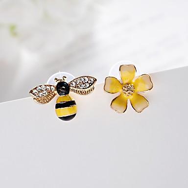 Pentru femei Cercei Stud Perechi Desperecheați imitație de diamant La modă Clasic Nepotrivirea Aliaj Flower Shape albină Bijuterii Pentru