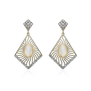 Pentru femei Cercei Picătură Diamant sintetic Natură Chrismas Ștras Aliaj Geometric Shape Bijuterii Pentru Crăciun Club