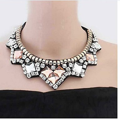 billige Mode Halskæde-Dame Syntetisk Diamant Kort halskæde Zirkonium Klassisk Mode Guld Halskæder Smykker Til Daglig Stadie