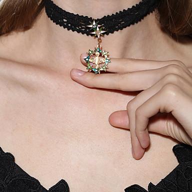 Kadın Yuvarlak Kişiselleştirilmiş Sallantılı Stil Moda Euramerican Avrupa Gerdanlıklar Uçlu Kolyeler Sentetik Opal Dantel Opal alaşım