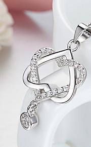 Dame Hjerte Sød Halskædevedhæng Syntetisk Diamant Plastik Sølvbelagt Halskædevedhæng , Hjerte Sød Stævnemøde