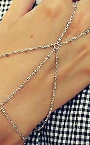 Dame Ringarmbånd Metallic Mode Gave Legering Sølv Cirkelformet Smykker Gave Skolebal Kostume smykker