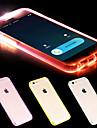 Pour Coque iPhone 6 / Coques iPhone 6 Plus Lampe LED Allumage Auto / Transparente Coque Coque Arriere Coque Couleur Pleine Flexible TPU